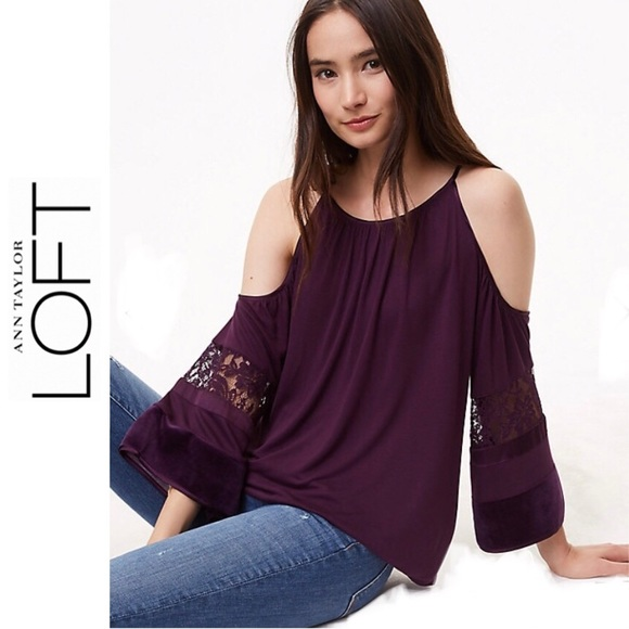 e8a9bbbeb29ac 🎉3XHP🎉 LOFT Cold Shoulder Top PRICE IS FIRM!